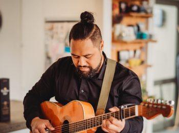 David Wall Acoustic Musician